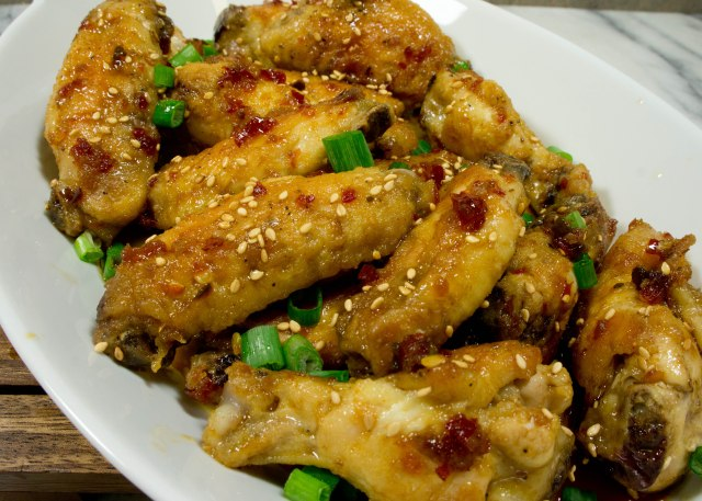 Baked Spicy Asian Chicken Wings