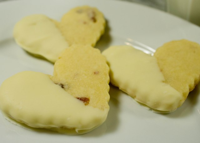 Bacon White Chocolate Dipped Shortbread