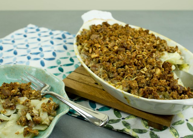 Jerusalem artichoke and spinach gratin