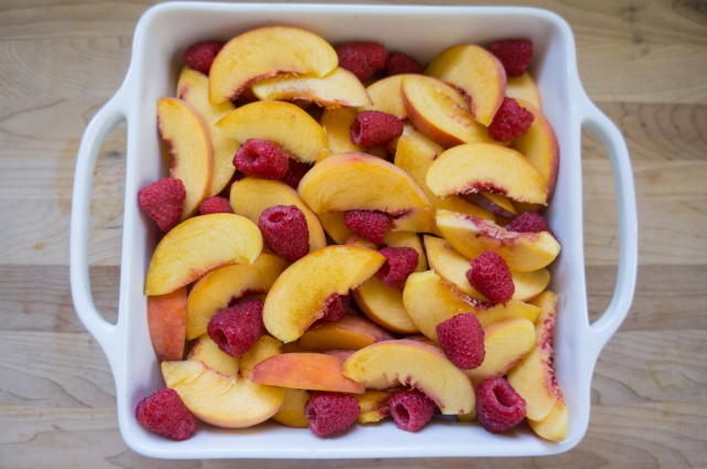Peach Raspberry Crumble (3 of 6)